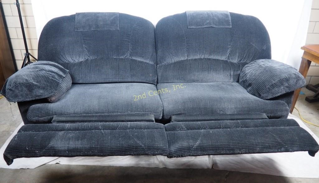 Lazy Boy Dual Sofa Recliner Extra Wide Couch   2nd Cents Inc