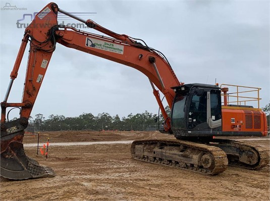 2013 Hitachi other - Heavy Machinery for Sale