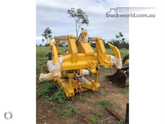 2017 Caterpillar D6H Heavy Machinery for Sale