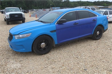 FORD TAURUS 4 DOOR - A/C - GAS ENGINE - AUTOMATIC Other