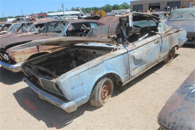 Lot # 4016 - 1966 PLYMOUTH BARRACUDA SALVAGE - YEAR NOT GUARANTEED -