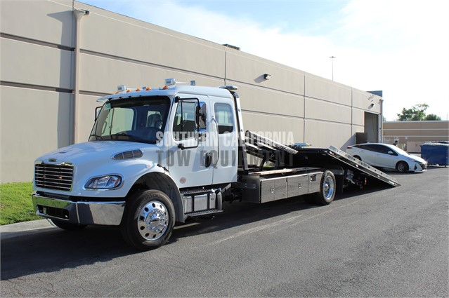 2020 FREIGHTLINER BUSINESS CLASS M2 106 For Sale In Anaheim
