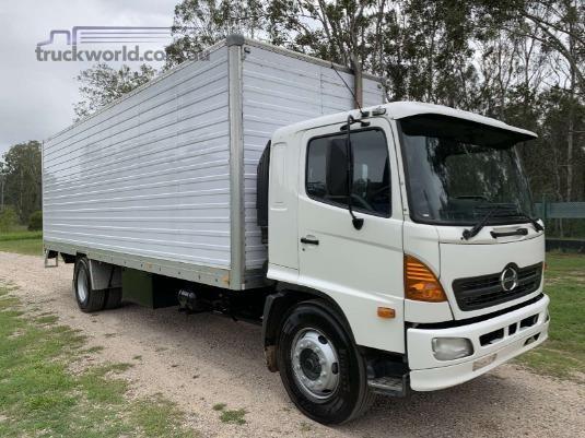 2007 Hino FG1527 - Trucks for Sale