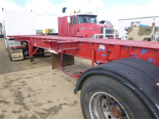 2003 Hamelex White Skeletal Trailer Western Traders 87 - Trailers for Sale