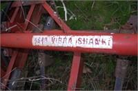 INTERNATIONAL 4500 VibraShank Cultivator