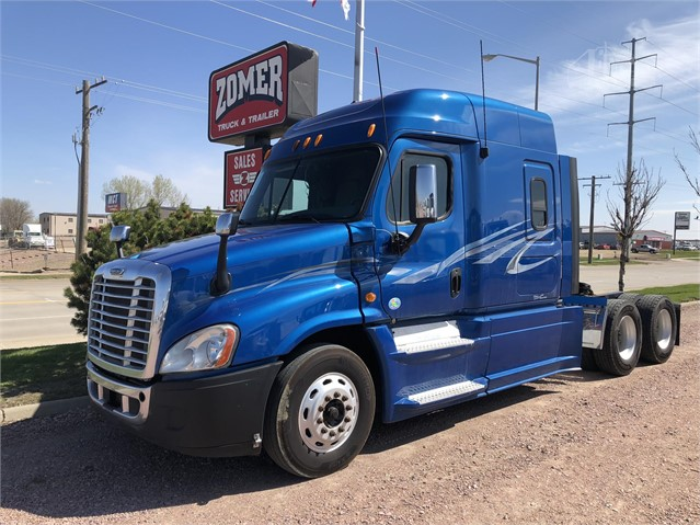 2013 FREIGHTLINER CASCADIA 125 For Sale In Sioux Falls, South Dakota