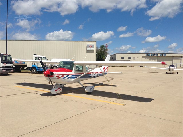 1979 CESSNA 152 AEROBAT For Sale In Hinsdale, Illinois