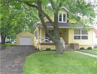 Real Estate: 1106 South Central Avenue, Marshfield, WI 54449