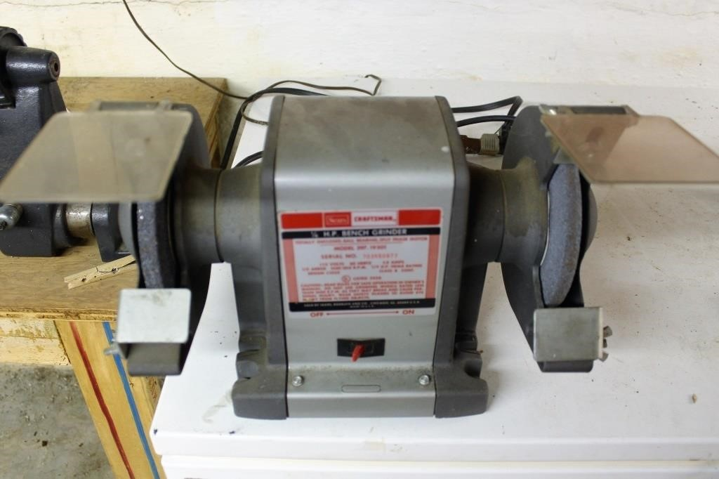 Fabulous Sears Craftsman 1 4 Hp Bench Grinder Lincoln Crum Auctions Ibusinesslaw Wood Chair Design Ideas Ibusinesslaworg