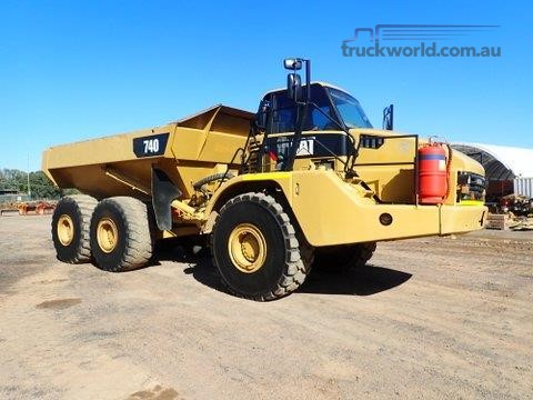 2007 Caterpillar 740 Heavy Machinery for Sale