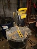 DeWalt compound miter saw