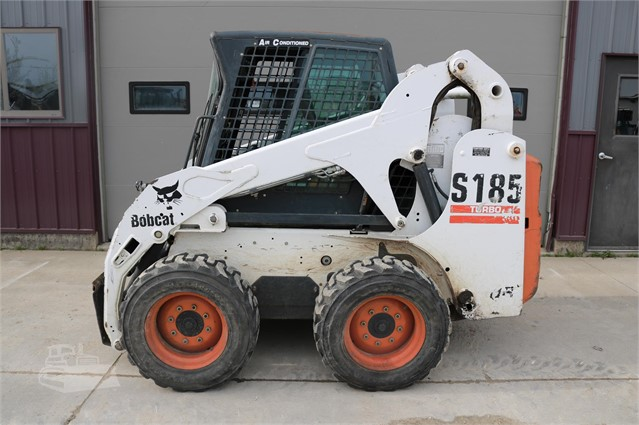 2002 BOBCAT S185 For Sale In Caledonia, Minnesota
