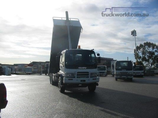 2003 Isuzu FVZ 1400 Auto - Trucks for Sale