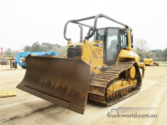 2015 Caterpillar D6N XL Dozers - Tracked