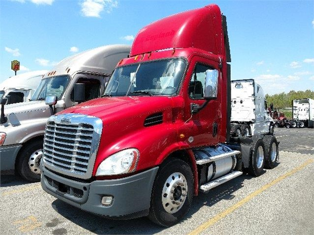 2013 FREIGHTLINER CASCADIA 113 For Sale In Youngstown, Ohio