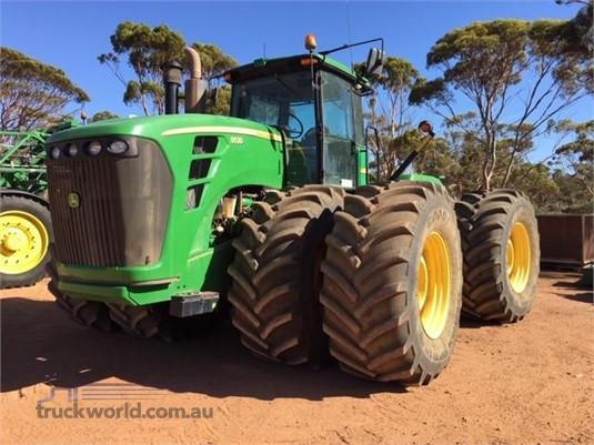 2011 John Deere 9530 Farm Machinery for Sale