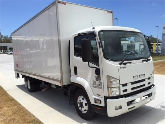 2013 Isuzu FRR 500 - Trucks for Sale