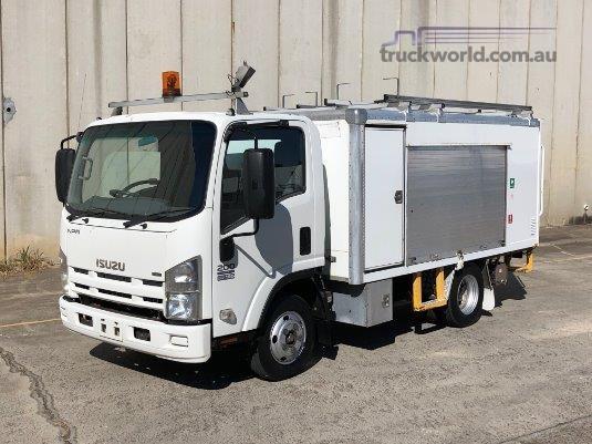 2010 Isuzu NPR 200 Trucks for Sale