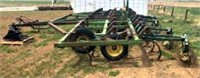 JD Cultivator, 37' w/new teeth (view 3)