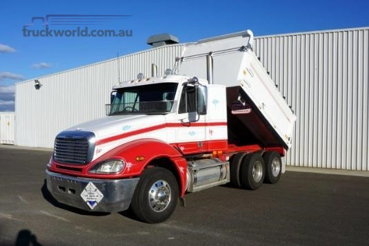 2008 Freightliner Columbia Trucks for Sale