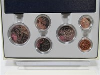 TRAY: 1982 SPECIMEN SET & 125 QUARTERS