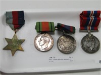 TRAY: 3 WWII SERVICE MEDALS & STAR MEDAL