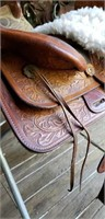 Simco Western Saddle With Oak Leaf Tooling