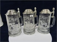 TRAY: 3 ETCHED GLASS GERMANY STEINS