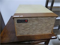 RCA VICTOR LIVING STEREO TABLE TOP RECORD PLAYER