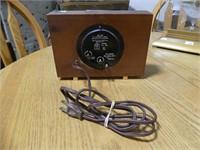 UNITED MODEL 480 ALARM CLOCK