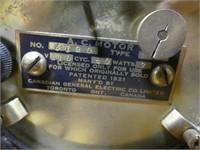 GENERAL ELECTRIC TELECHRON SMALL MANTEL CLOCK