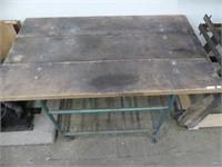 METAL & WOOD INDUSTRIAL TABLE ON WHEELS