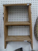 WERNER 2 STEP WOOD STEP LADDER