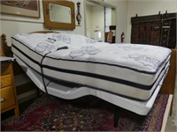 QUEEN SIZE LIFESTYLE ADJUSTABLE BED W/MATTRESS