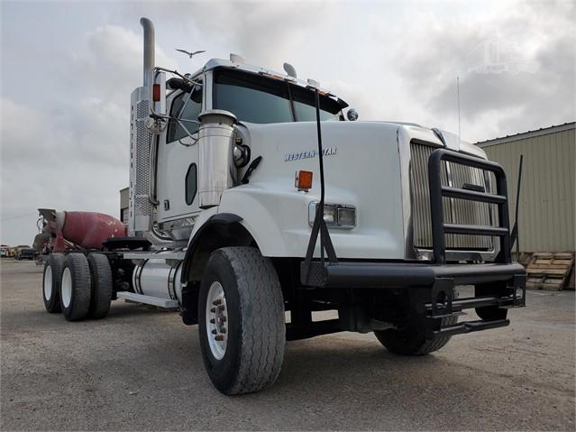 2005 WESTERN STAR 4900SA For Sale In Corpus Christi, Texas