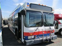 2001 New Flyer C40LF Transit Bus