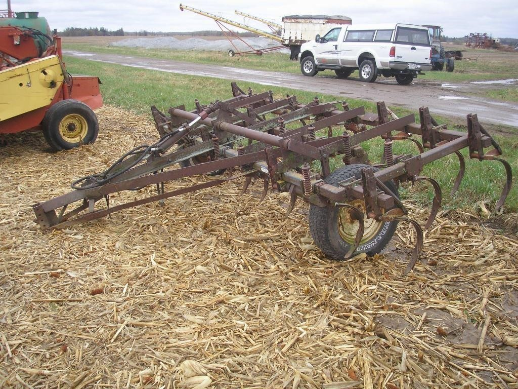 FORD 14' FIELD CULTIVATOR   Hager Auction Service