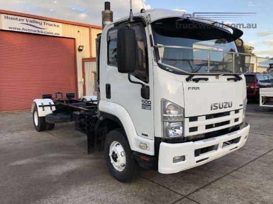 2009 Isuzu FRR 500 Long Trucks for Sale
