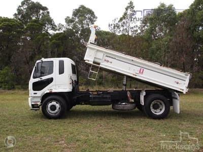 2010 Fuso Fighter FM65 - Trucks for Sale