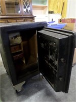 another view of safe