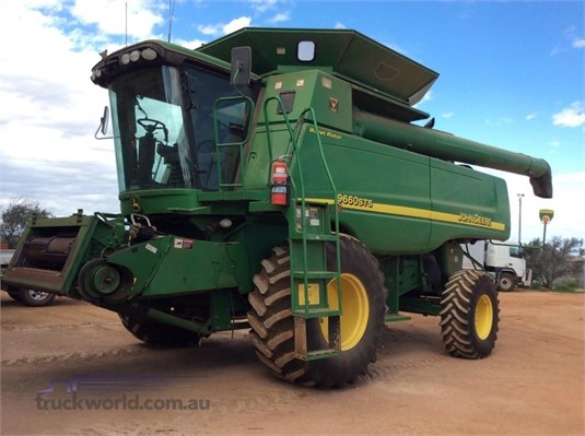 2006 John Deere 9660 STS - Farm Machinery for Sale