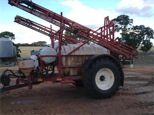 2006 Croplands Pinto 3000 Farm Machinery for Sale