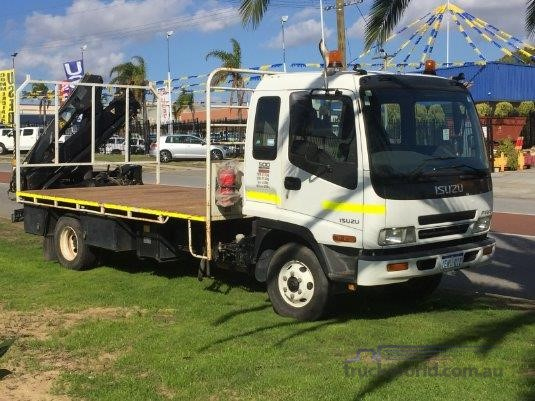 2006 Isuzu FRR 500s - Trucks for Sale