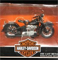 New 1997 & 2000 Harley Davidson 1:18 Die Cast