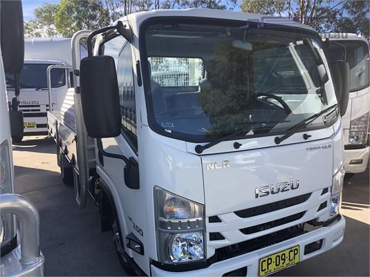 2017 Isuzu NLR Trucks for Sale