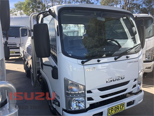 2017 Isuzu NLR Used Isuzu Trucks - Trucks for Sale