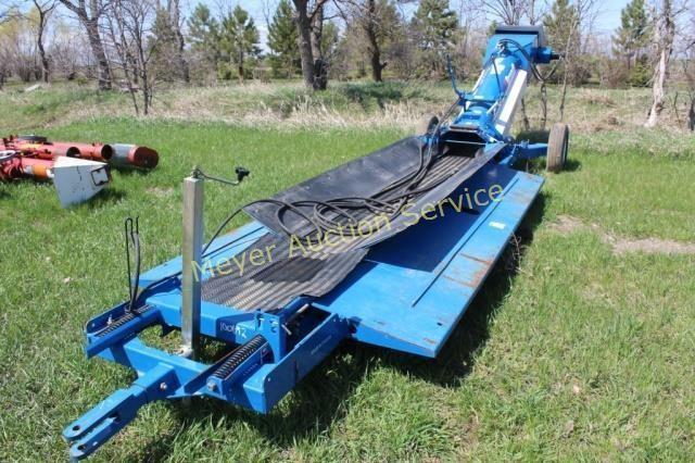 Brandt Driveover Grain Deck Conveyor   Meyer Auction Service