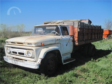 Farm Trucks / Grain Trucks Auction Results - 154 Listings