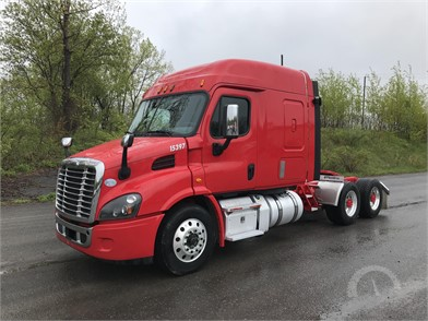FREIGHTLINER CASCADIA 113 Conventional Trucks W/ Sleeper Auction