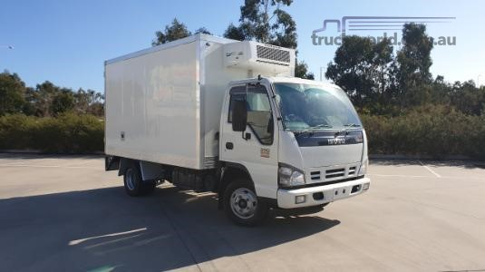 2006 Isuzu NPR 200 Medium Premium AMT Trucks for Sale